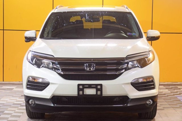 Certified Pre-Owned 2017 Honda Pilot Touring